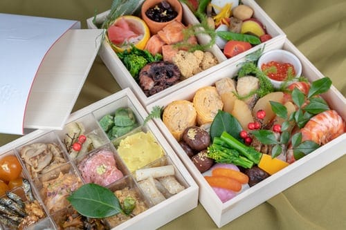 traditional japanese bento box