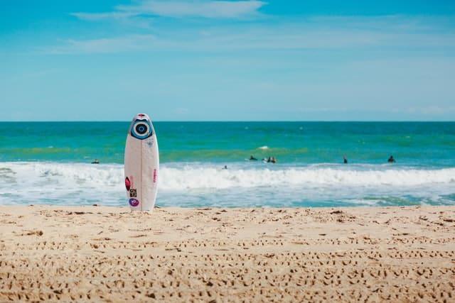 Less crowd beaches