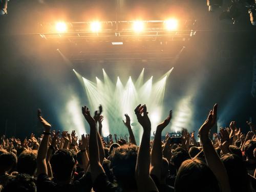 日本でのコンサートの年齢制限